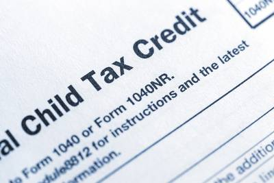 Democrats push for extending monthly child tax credit payment until 2025